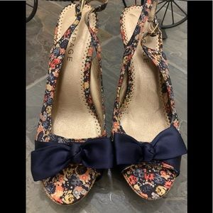NEW Rampage Foral print heels size 9.5 out of box
